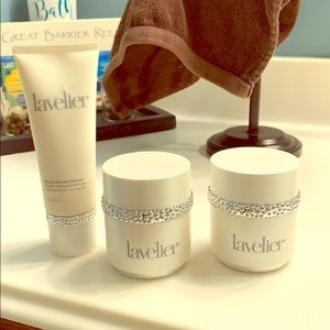 Other - Lavelier skin care